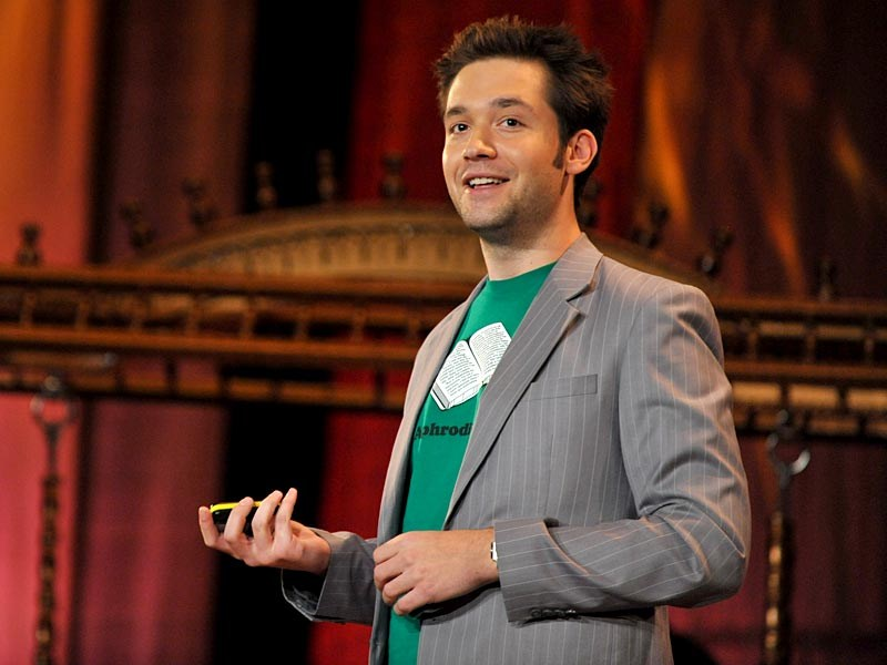 New ESl lesson plans - Alexis Ohanian: How to make a splash in social media