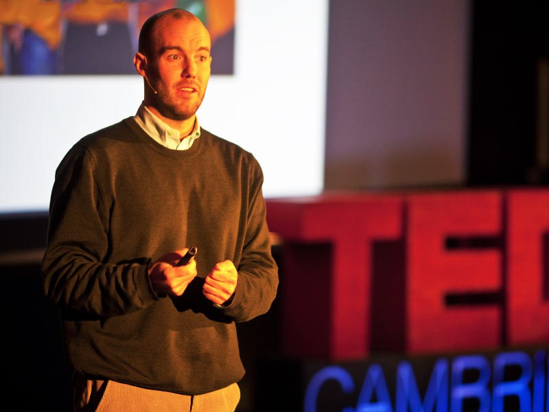 At TEDxCambridge, Michael Norton shares fascinating research on how money can, indeed buy happiness -- when you don't spend it on yourself. Listen...